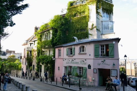 La Maison Rose, opened in 1908, is an iconic establishment of the Montmartre neighborhood