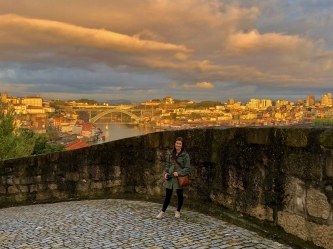 The view on our walk to dinner through Vila Nova de Gaia