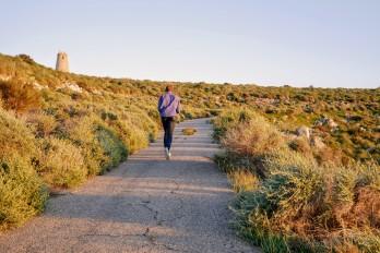 Speed walking to reach the Torre de los Lobos
