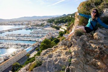Overlooking the marina of Xábia on the hike to Mirador Cap de Sant Antoni