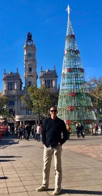 Dan in Plaza del Ayuntamiento