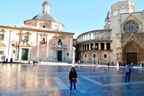 Plaza de la Virgen adjacent to the Valencia Cathedral