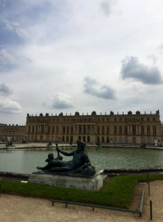 Versailles Palace and its many fountains