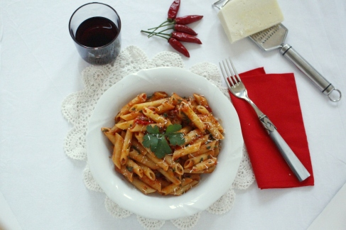 Penne arrabbiata (photo courtesy of Paola)